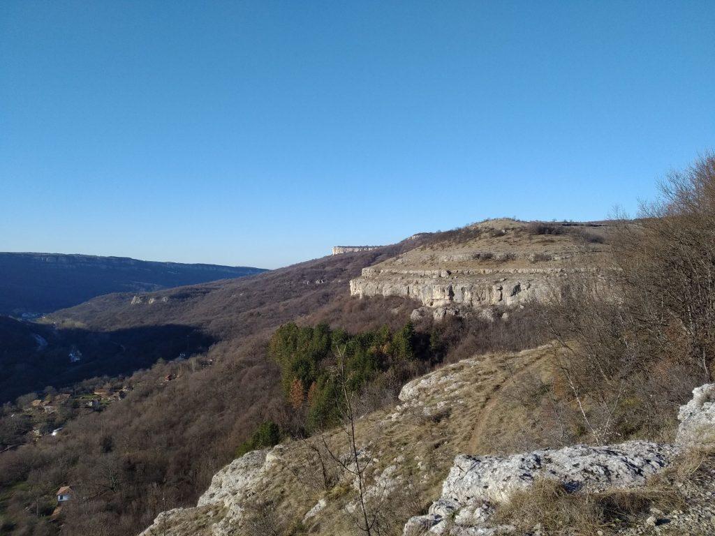 Гарга баир - скалния венец